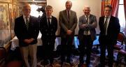 De gauche à droite : Jean-Benoit Sarazin, directeur technologie, Charles Snijders, directeur sélection, Wolf von Rhade, président, Guillaume de Castelbajac, directeur général et Frédéric Rousseau, directeur des opérations. CP : Asur Plant Breeding.
