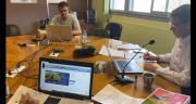 Le service agronomie d'EMC2 réuni pour répondre aux questions des adhérents lors de la diffusion du tour de plaine. CP : DR