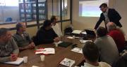 Ambiance studieuse pour les salariés de Valfrance, ici avec Olivier Claux (MG Consultants). Photo : Valfrance