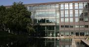 A Montrouge (Hauts de Seine), au siège de Crédit Agricole SA, le télétravail est en place depuis près de trois ans. D'abord projet pilote avec 70 collaborateurs volontaires, le télétravail est rentré dans les mœurs pour 200 salariés.