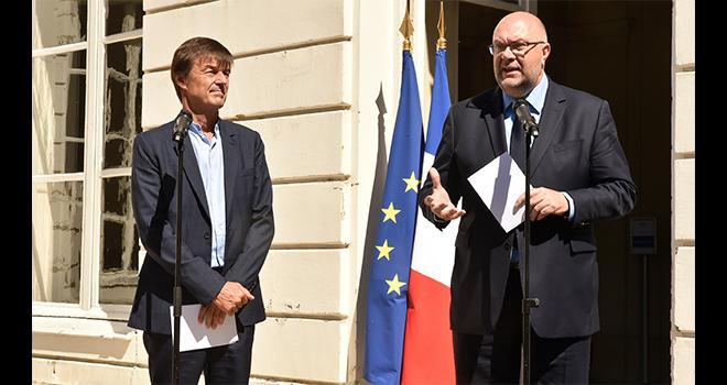 Nicolat Hulot et Stéphane Travert ont réuni les professionnels agricoles, la distribution, la recherche et les acteurs de l'agroalimentaire pour annoncer plusieurs mesures concernant la sortie du glyphosate.