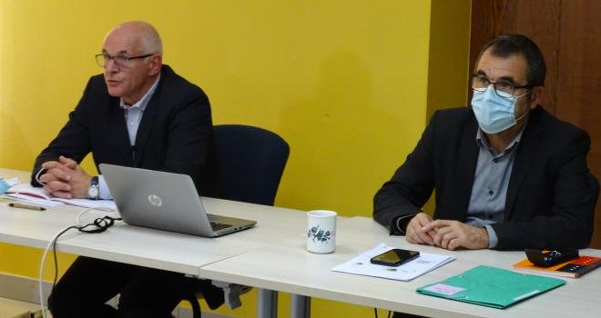 Jean-Paul Marchal (à g.) et Éric Chrétien, respectivement président et directeur général de la Cal. CP : JL.Masson/Le Paysan Lorrain