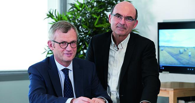 Ludovic Spiers, à gauche, et Arnaud Degoulet, respectivement directeur général et président du groupe Agrial. Photo : Philippe Delval