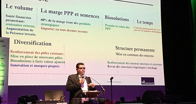 Bernard Perret, président d'Agrosud, s'est dit convaincu de l'intérêt des biosolutions pour l'avenir de la filière. Photo : A. Bressolier/Pixel6TM