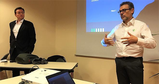 Bruno Thevret, directeur d'Ascenza France (à gauche) et Gilles Albertos, directeur marketing . Photo O.Lévêque/Pixel6TM