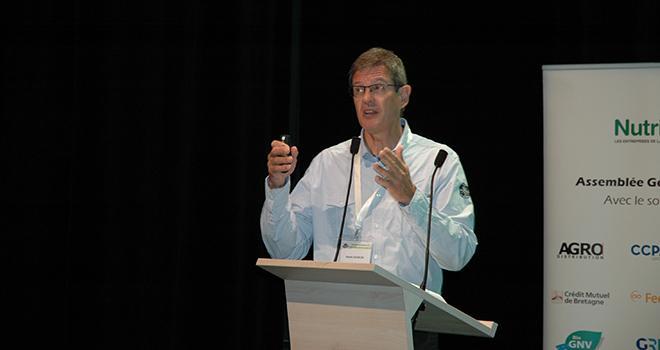Hervé Vasseur, président de Nutrinoë : « La tendance à la baisse des fabrications se confirme en Bretagne en 2019. En cumul sur les cinq premiers mois de l'année, les volumes d'aliments composés sont en repli de 2,1%. » © D. Bodiou/Pixel6TM