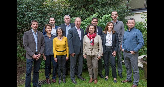 Jean-Philippe Legendre, directeur de Corteva Agriscience France, entouré de ses collaborateurs. CP : DR