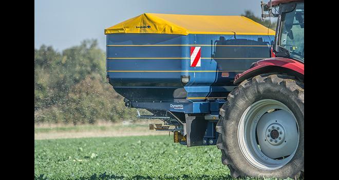 La première étape consiste à définir une trajectoire annuelle de réduction des émissions de protoxyde d'azote et d'ammoniac, matière première des engrais azotés, du secteur agricole. Photo : Pixel6TM