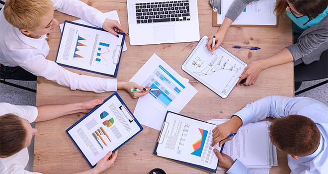 Un groupe sera chargé de proposer des modalités opérationnelles pour réaliser dans les meilleures conditions la séparation capitalistique de la vente et du conseil. Photo : lenets_tan