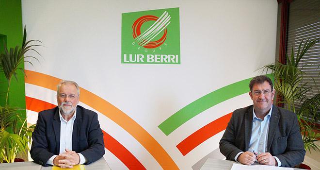 Olivier Gémin, directeur général, et Éric Narbais-Jauréguy, président, lors de l'AG de Lur Berri qui s'est déroulée le 19 février. Photo : DR