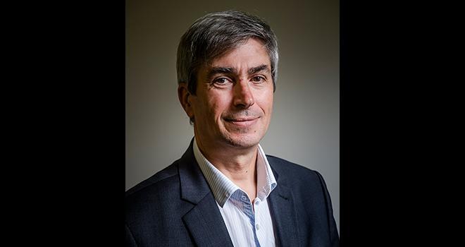 « La séparation de la vente et du conseil phyto responsabilise davantage l'agriculteur car il doit prendre aussi ses responsabilités sur la façon de mettre en œuvre l'intervention phyto », indique Philippe Ballanger. Photo : CK Mariot