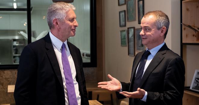Jean-Luc Jonet, le directeur général de Vivescia Agriculture (à gauche), et Olivier Miaux, le gérant de Vivescia Industries, font partie de la nouvelle équipe de Vivescia et ont annoncé un chiffre d'affaires de 3,38 milliards d'euros en 2019. CP : Vivescia